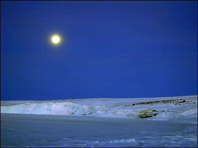 Full moon over the Barne Glacer